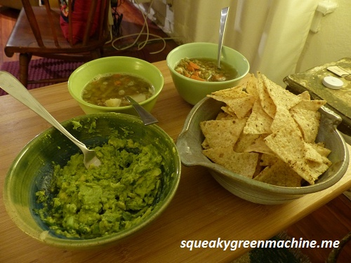 chips-guacamole