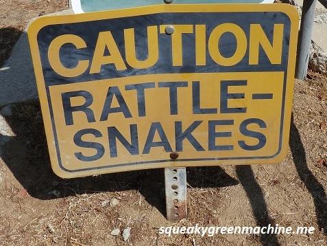 rattlesnake-sign